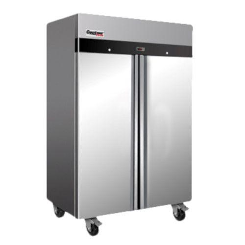 Centaur CSD-2DR-TSI Plus™ Two-Section Reach-In Refrigerator