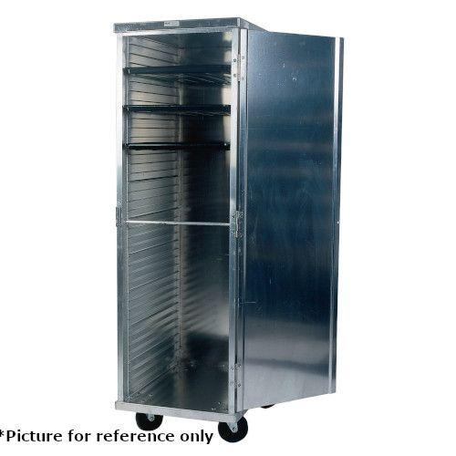 Winholt EC1832-C Enclosed Food Pan Transport Cabinet - Holds (32) 18