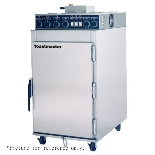 Toastmaster ES-6R Electric Half-Size Right-Hinged Cook n' Hold Smoker Oven (Replaces ES6R)