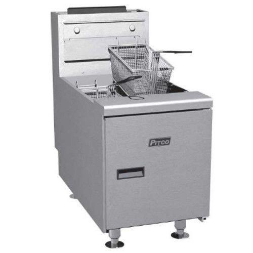 Pitco SGC-S Countertop Full Pot Gas Fryer - 35 lb. Oil Capacity