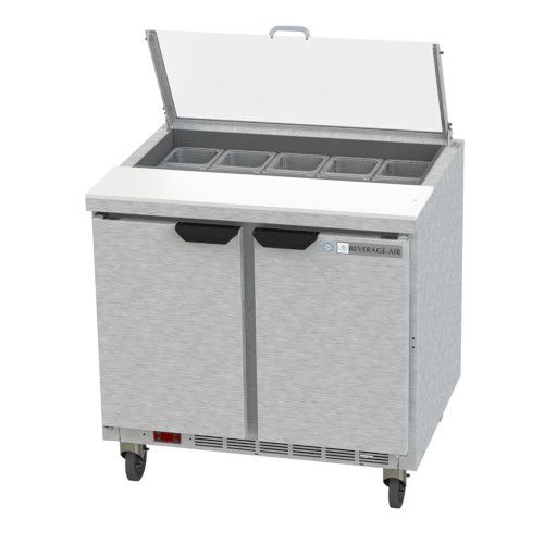 Beverage Air SPE36HC-10-CL Elite Clear Lid Sandwich / Salad Refrigerated Counter
