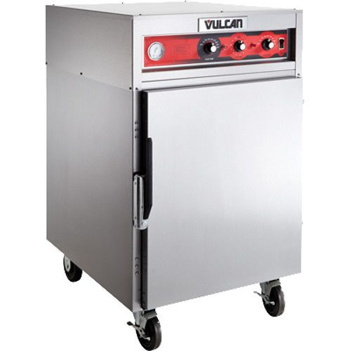 Vulcan VRH8 Mobile Cook / Hold / Oven Cabinet - 2250 Watts