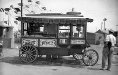 Cretors' Popcorn Wagon